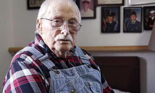 Cedar Rapids man flew 53 missions as B-17 crew member…