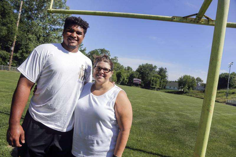Tristan Wirfs, Mount Vernon, and the 1 square mile where football found him