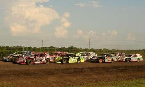 Photos: Urbana 5 Memorial races at Benton County Speedway