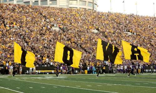 Iowa football recruiting Class of 2022: List of verbal commits