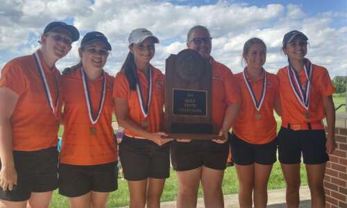 Washington's Sarah Nacos notches another state golf title