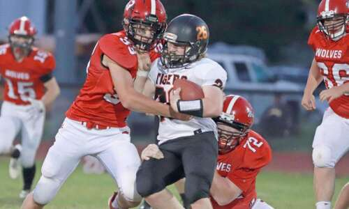 A look at Friday's small school football games