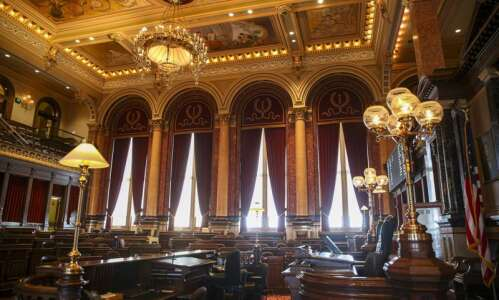 Iowa Senate advances restrictions on abortion, cellphones while driving