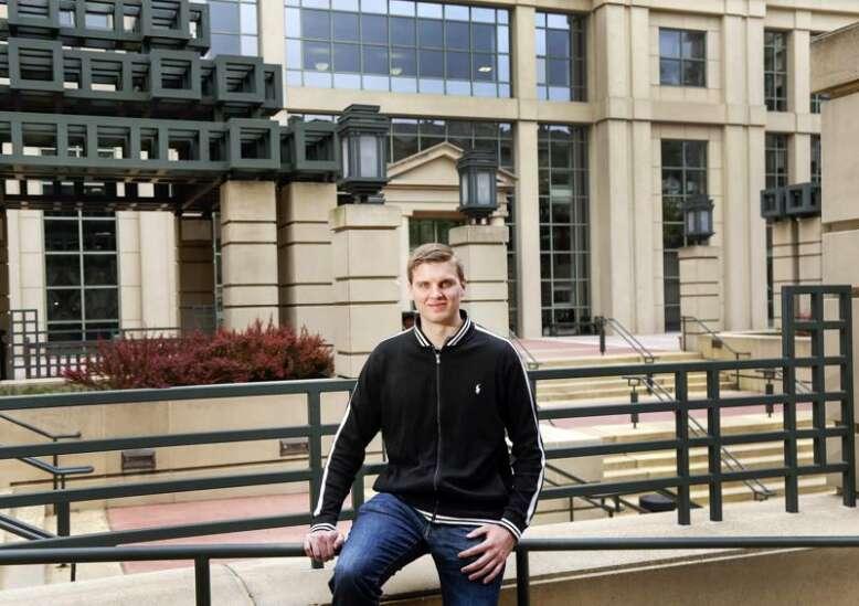 University of Iowa graduates last full-time MBA class