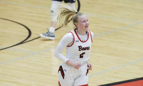 Gazette all-area girls' basketball: Sasha Koenig, Scot Moenck headline 2020-21…