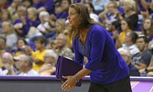 UNI volleyball preview: Panthers picked to win MVC despite roster…