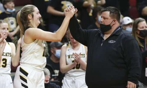Maquoketa Valley stumbles, then storms back in girls' state basketball…