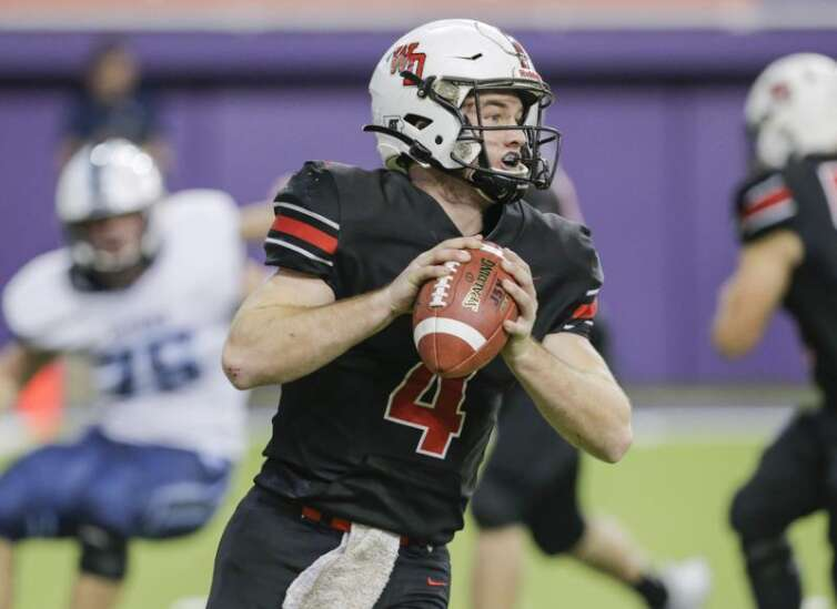 Iowa high school state football championships: TV, live stream, predictions for Thursday's games