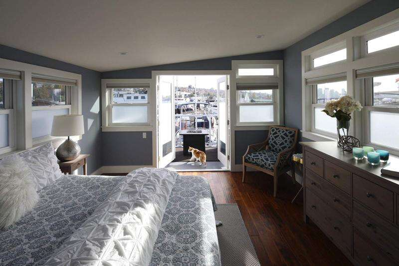 HGTV shows first-time homeowner's custom houseboat become her dream home