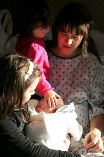 Twelfth baby born to Iowa couple arrives on 12/12/12