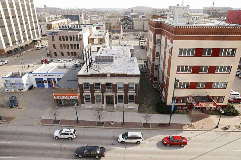 Two downtown Cedar Rapids businesses to close as Skogman plans new office