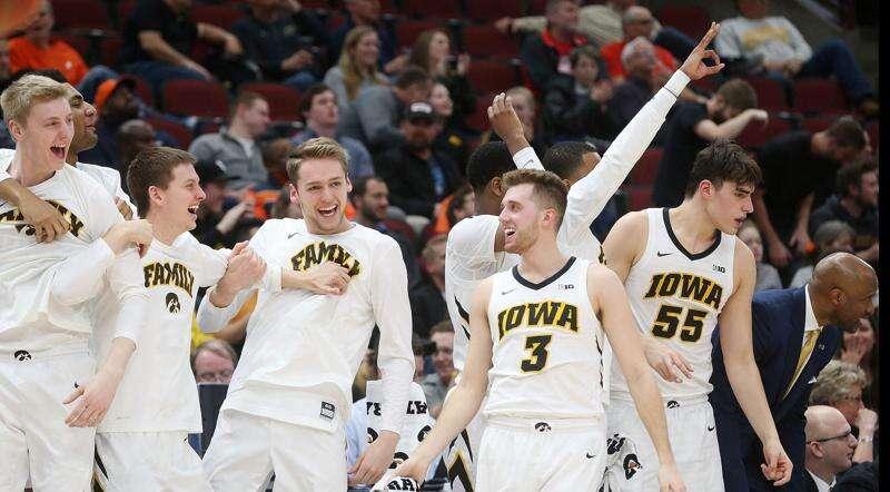 Iowa basketball heads to Big Ten tournament focused on victory, not coronavirus