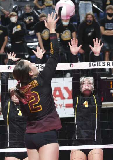 Photos: Boyden-Hull vs. Denver, Iowa Class 2A state volleyball tournament quarterfinals