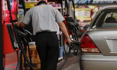 Low gasoline prices expected to continue