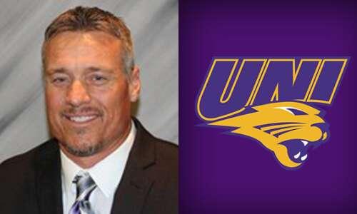 On UNI Podcast: Linebackers coach D.J. Vokolek talks spring football