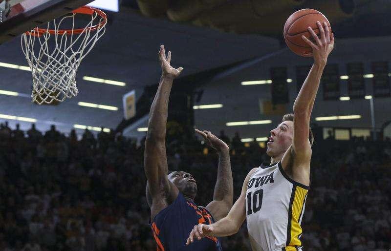 Iowa vs. Illinois men's basketball glance: Time, TV, live stream, point spread, team info