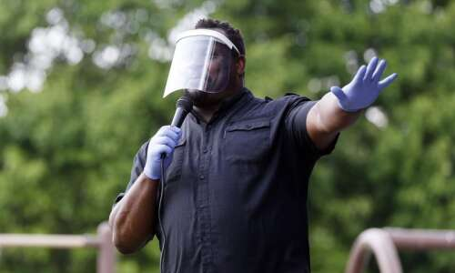 """Iowa City mayor issues citywide mask mandate: """"the time to…"""