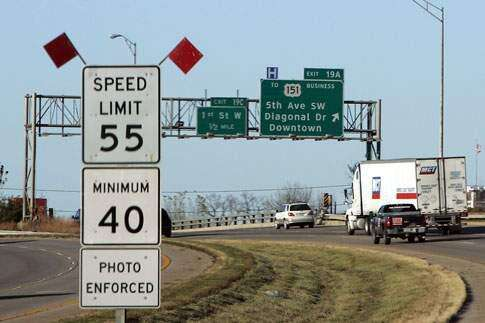 Iowa officials evaluating appropriateness of red-light, speed cameras