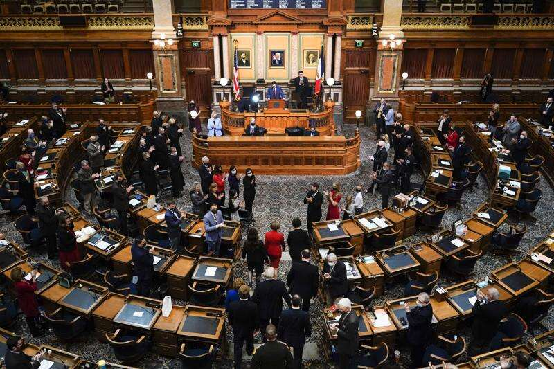 Iowa GOP shortchanges education