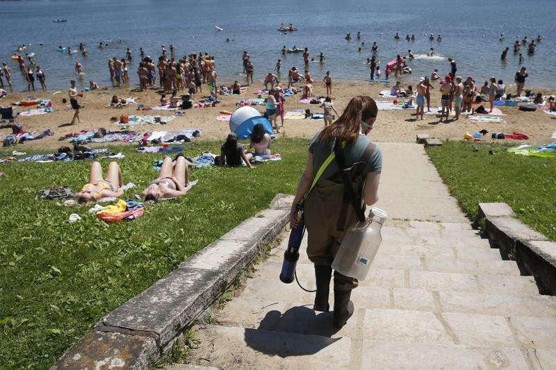 Half of Iowa state park beaches had swim warnings in 2020