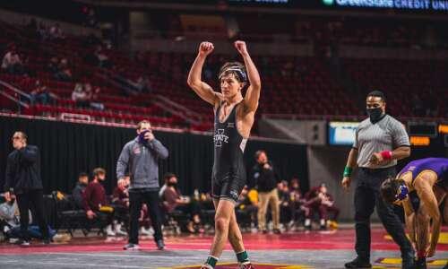 Iowa State wrestling bounces UNI, 23-17