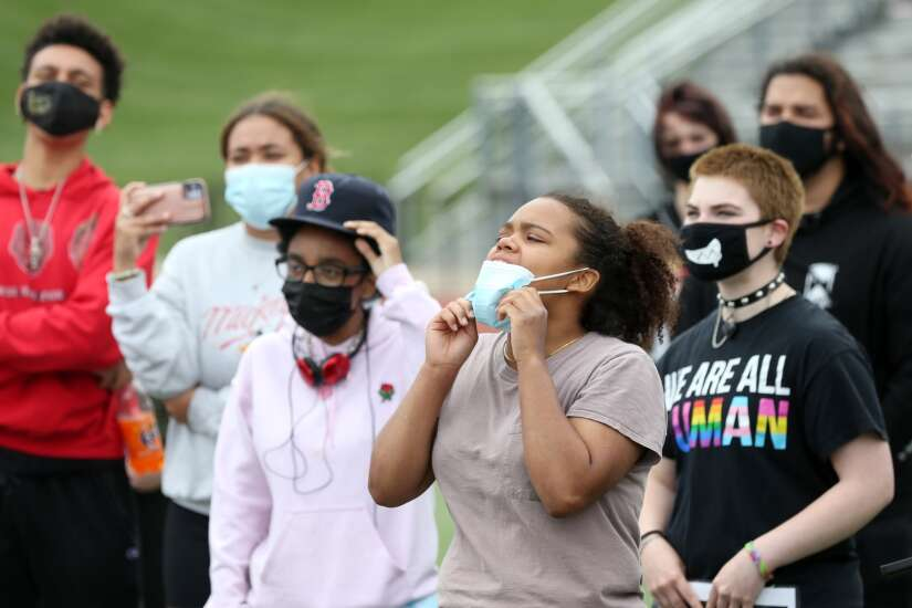 Linn-Mar students advocate for equity, anti-racist teaching at social justice rally