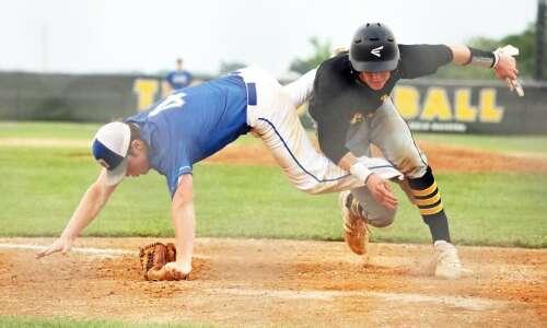 New London baseball dumps Danville