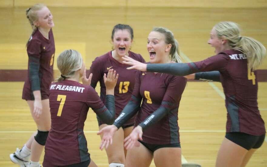 Mt. Pleasant volleyball bumps Burlington in 4