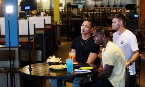 "Hawkeye football ""actors"" Tyler Goodson, Dane Belton show they're coachable"