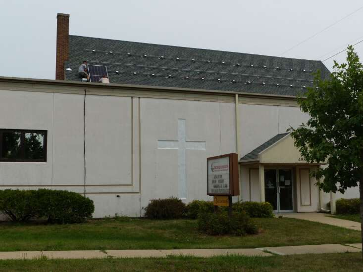 Cedar Rapids church puts up solar panels to fight climate change