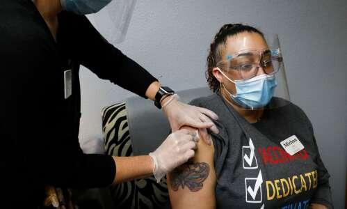 Will COVID vaccine mandate drive Iowa nursing home workers away?