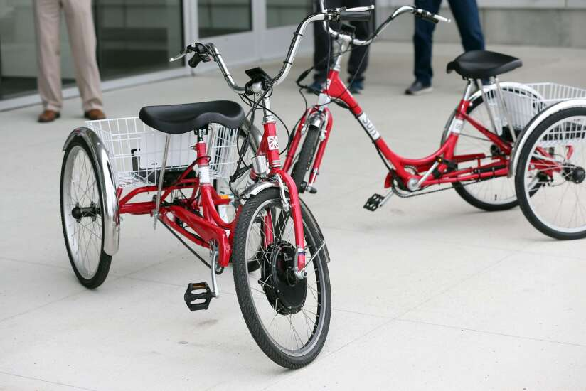 Electric tricycles free to rent for seniors in Marion thanks to community partnership