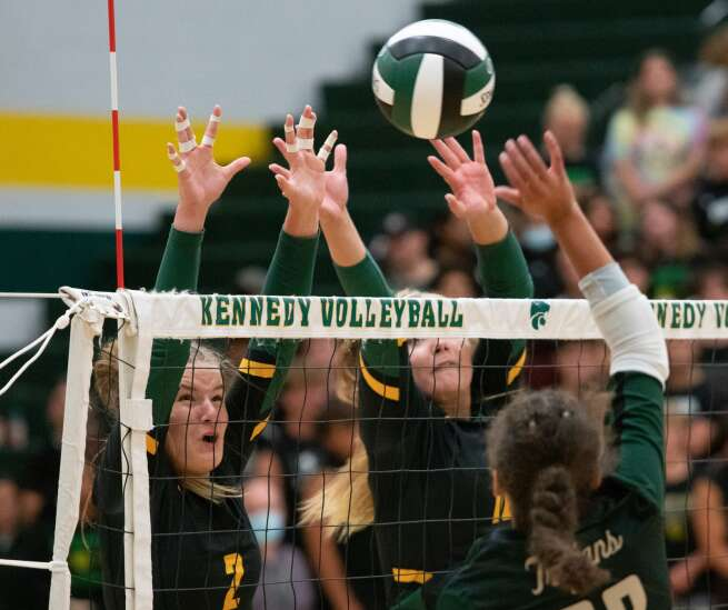 Volleyball notes: Kennedy, Prairie and Iowa City West are early-season risers in the MVC