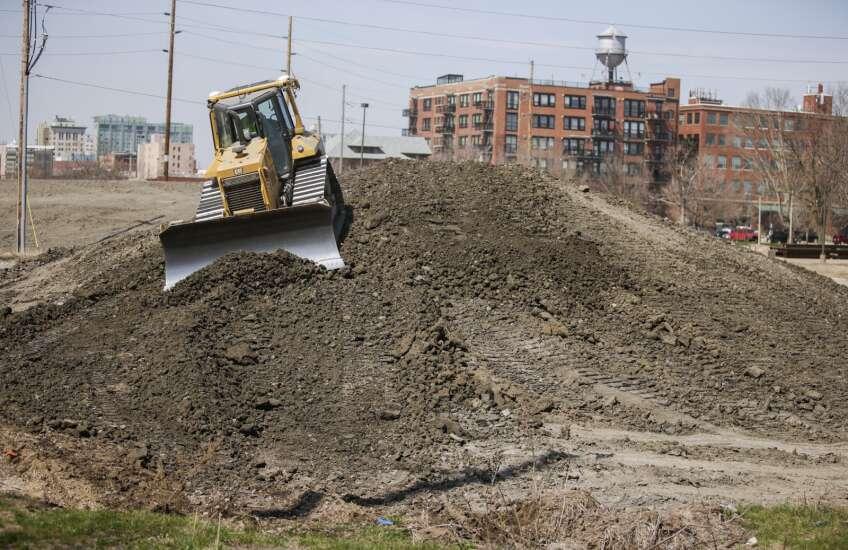 Flood control system work increasing in Cedar Rapids