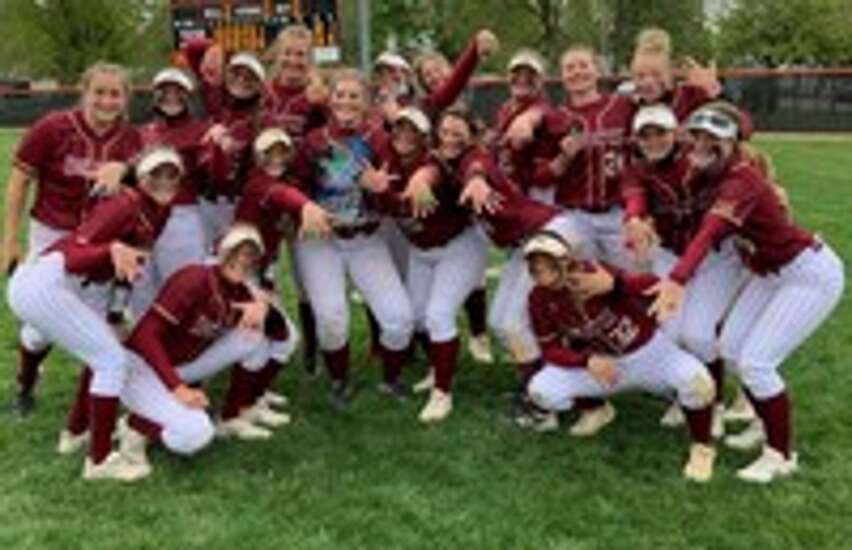 Coe captures American Rivers Conference softball title
