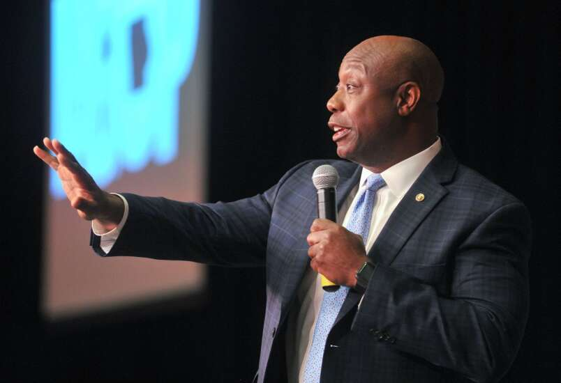 Possible 2024 GOP presidential nominee Tim Scott talks about racism, police reform during Davenport stop