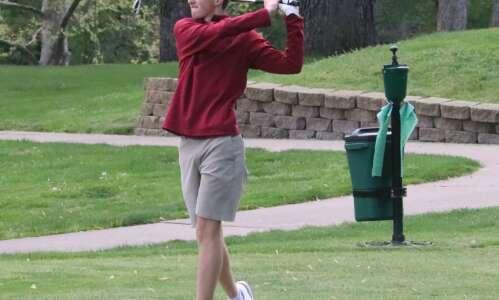 Panthers win Fairfield boys golf tournament
