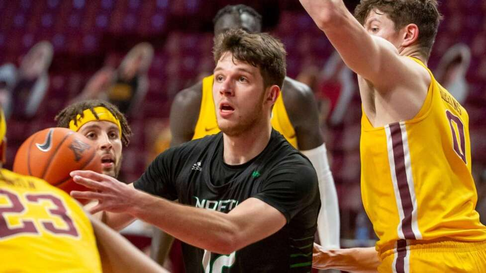 Proven scorer Filip Rebraca transferring to Iowa from North Dakota