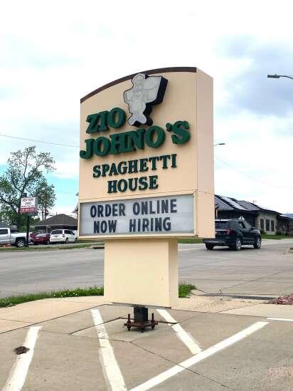 U.S., Iowa jobless claims see sixth straight drop