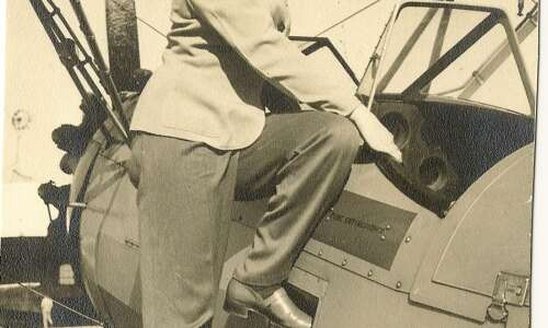 Piece of History: One of Iowa's first female pilots