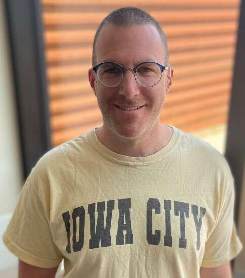 New mental health liaison to start work with Iowa City police