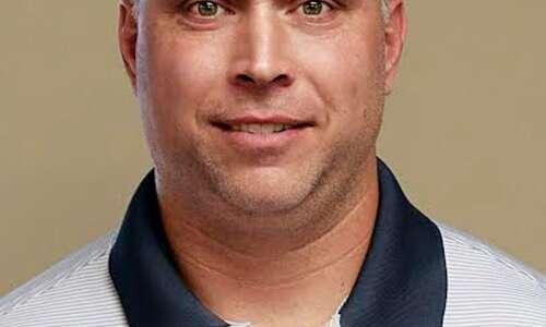 Iowa City Regina hires a new head football coach