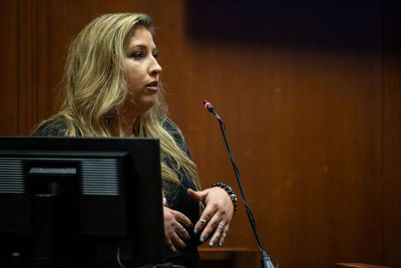 Iowa murder suspect Cristhian Bahena Rivera blames mystery men for Mollie Tibbetts' slaying