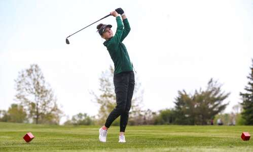 Leigha Pacha leads West to runner-up divisional golf finish