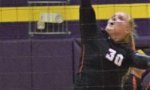 Mt. Pleasant volleyball goes 1-1 in Ottumwa