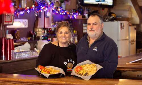 Iowa's best burger award goes to Bambino's in Ossian