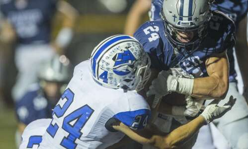 Xavier 34, CCA 7: Saints play keepaway from Clippers