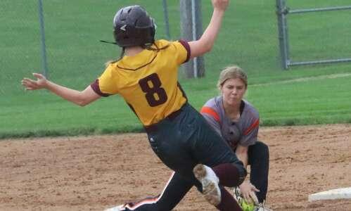 Fairfield softball wins 4th-straight