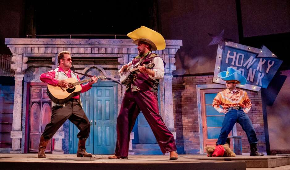 Review: Shakespeare boot-scoots to Nashville in hilarious Riverside Theatre show