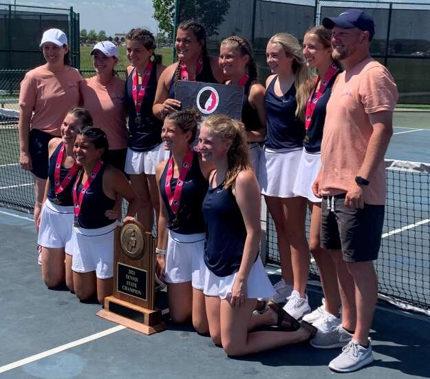 No. 6 singles player Avery Link closes out state title for Xavier